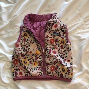 3T(girls) reversible vest.